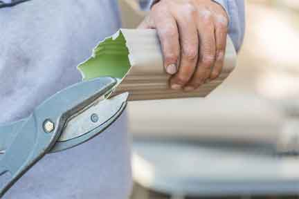 Things you need to have for cutting aluminum gutter
